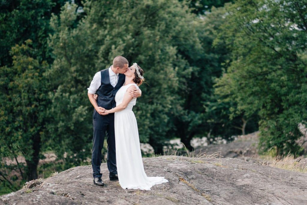 Hochzeitsfotograf Südtirol Hochzeitspaar Fotoshooting elegant natur
