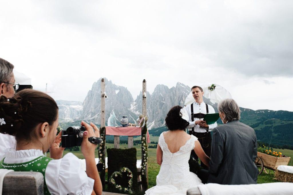 Hochzeitsfotograf Südtirol - hochzeitsfotograf seiser alm woods and wolves 014